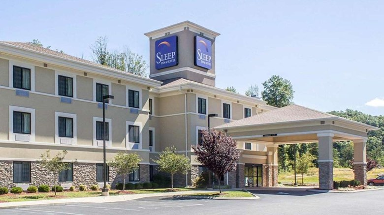 "Sleep Inn & Suites Exterior. Images powered by <a href='http://web.iceportal.com'  target=""_blank"">Ice Portal</a>."