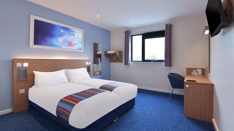 "Travelodge Llanelli Central Room. Images powered by <a href='http://web.iceportal.com'  target=""_blank"">Ice Portal</a>."