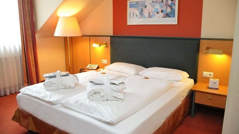 "Gerry Weber Sportparkhotel Room. Images powered by <a href='http://web.iceportal.com'  target=""_blank"">Ice Portal</a>."