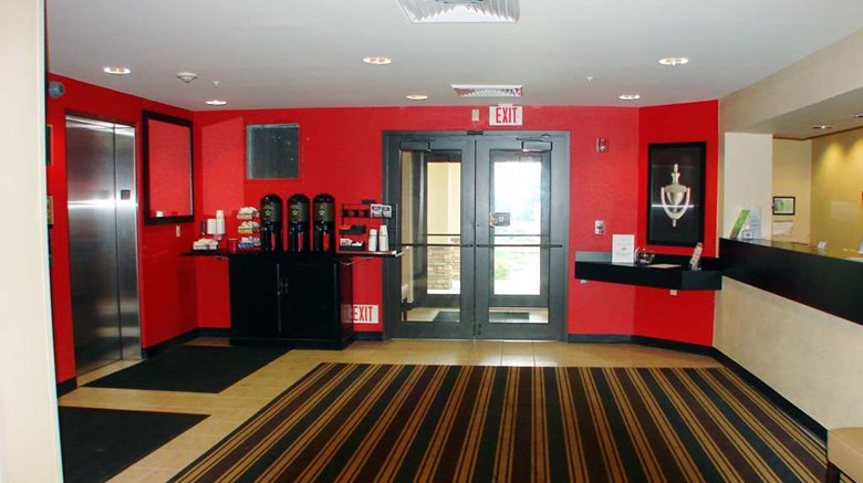 "Extended Stay America Pittsburgh W Miffl Lobby. Images powered by <a href='http://web.iceportal.com'  target=""_blank"">Ice Portal</a>."