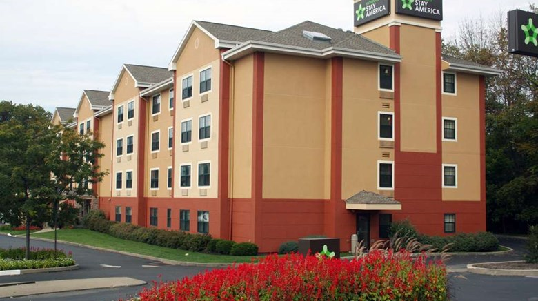 "Extended Stay America Pittsburgh W Miffl Exterior. Images powered by <a href='http://web.iceportal.com'  target=""_blank"">Ice Portal</a>."