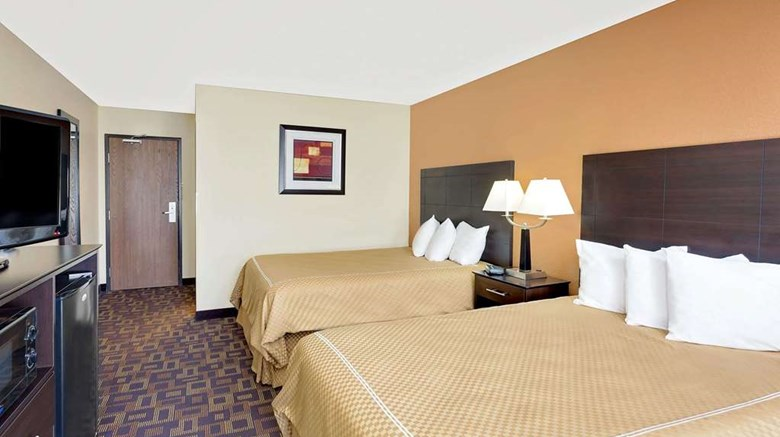 "Super 8 Decorah Room. Images powered by <a href='http://web.iceportal.com'  target=""_blank"">Ice Portal</a>."