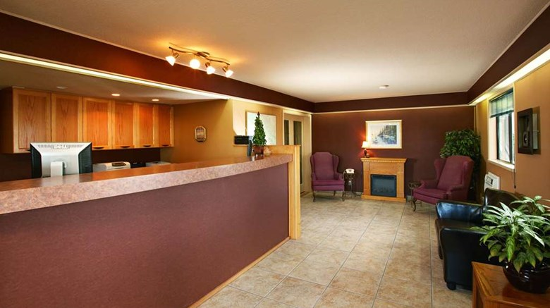 "Travelodge Courtenay Lobby. Images powered by <a href='http://web.iceportal.com'  target=""_blank"">Ice Portal</a>."