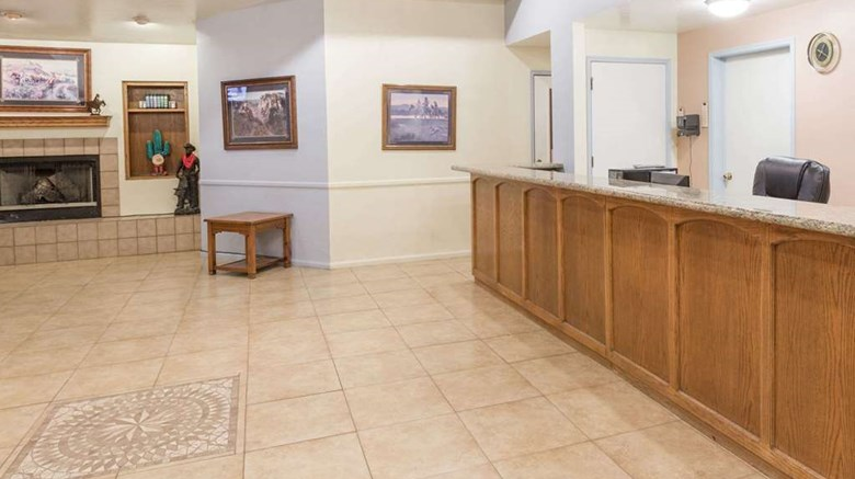 "Days Inn Willcox Lobby. Images powered by <a href='http://web.iceportal.com'  target=""_blank"">Ice Portal</a>."