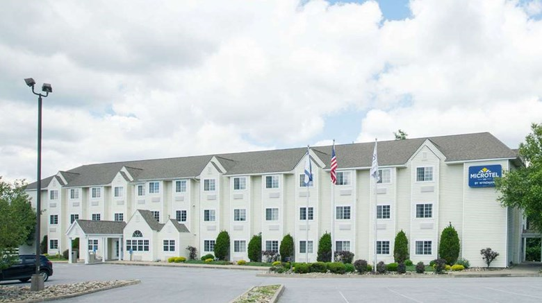 "Microtel Inn & Suites by Wyndham Beckley Exterior. Images powered by <a href='http://web.iceportal.com'  target=""_blank"">Ice Portal</a>."