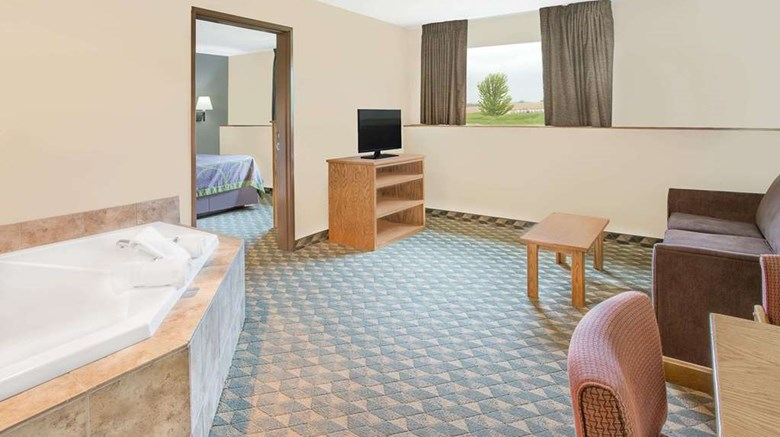 "Super 8 Darlington Room. Images powered by <a href='http://web.iceportal.com'  target=""_blank"">Ice Portal</a>."