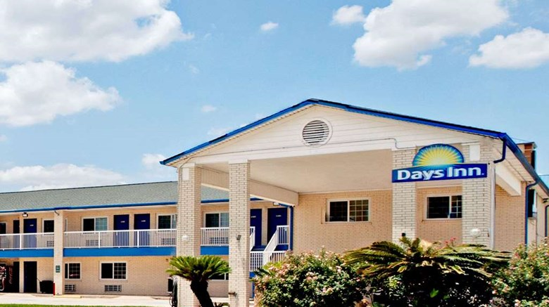 Days Inn Baytown Tx Exterior