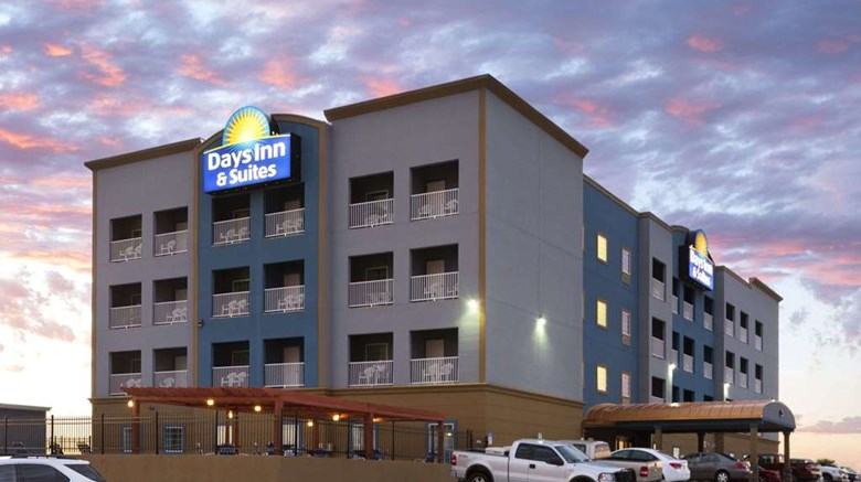 Days Inn Suites Galveston West Seawall Exterior Images Ed By A Href