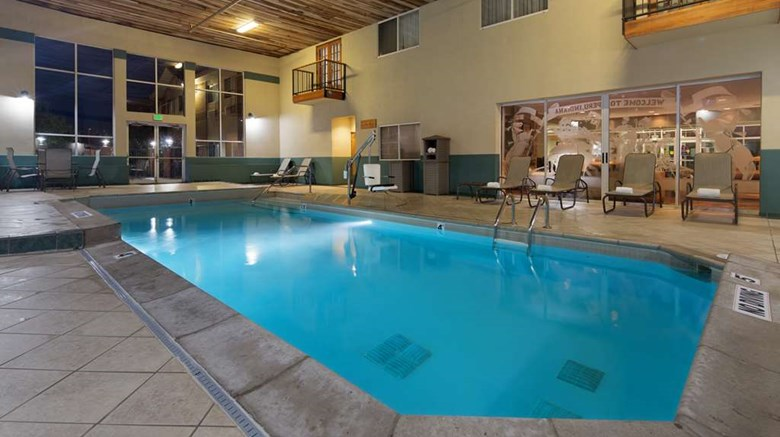 "Best Western Circus City Inn Pool. Images powered by <a href='http://web.iceportal.com'  target=""_blank"">Ice Portal</a>."