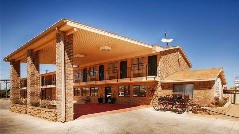 "Best Western Caprock Inn Exterior. Images powered by <a href='http://web.iceportal.com'  target=""_blank"">Ice Portal</a>."