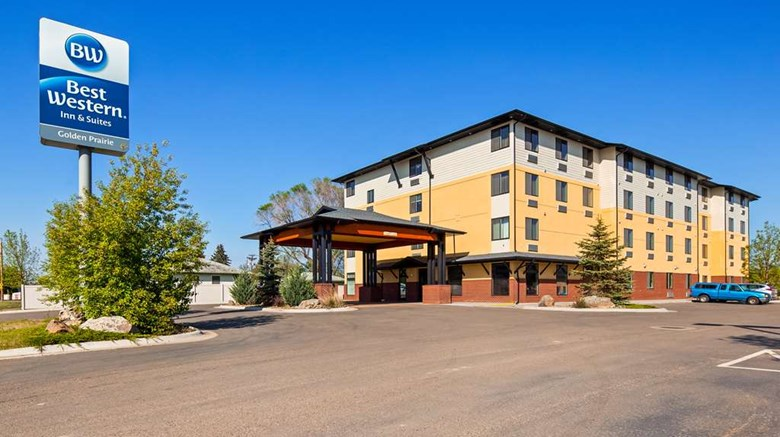 "Best Western Golden Prairie Inn & Suites Exterior. Images powered by <a href='http://web.iceportal.com'  target=""_blank"">Ice Portal</a>."