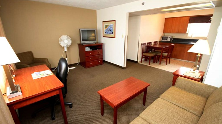 "Best Western Gold Rush Inn Suite. Images powered by <a href='http://web.iceportal.com'  target=""_blank"">Ice Portal</a>."