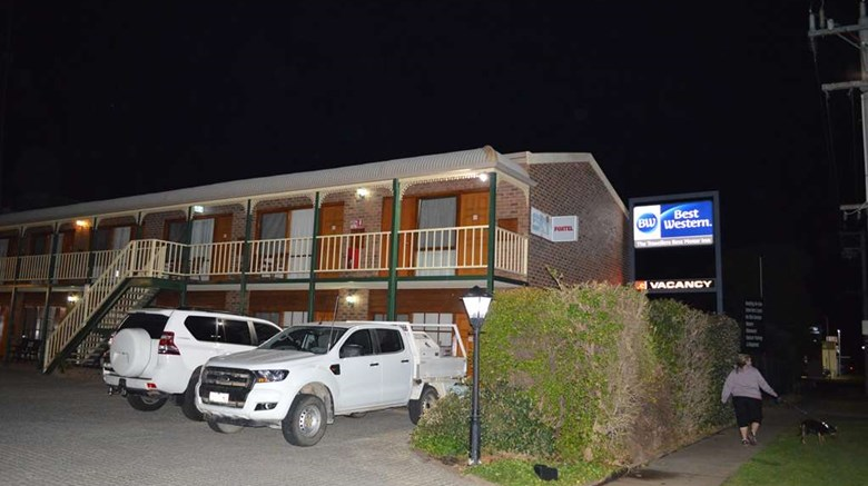 "Best Western Travellers Rest Motor Inn Exterior. Images powered by <a href='http://web.iceportal.com'  target=""_blank"">Ice Portal</a>."