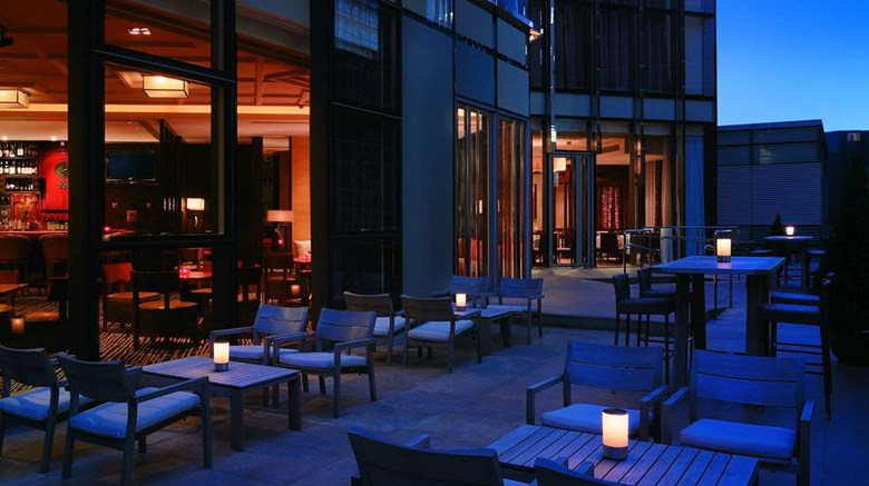"Hyatt Regency Hong Kong, Tsim Sha Tsui Restaurant. Images powered by <a href='http://web.iceportal.com'  target=""_blank"">Ice Portal</a>."