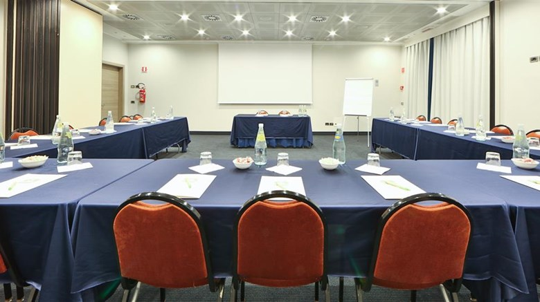 "Best Western Plus BorgoLecco Hotel Meeting. Images powered by <a href='http://web.iceportal.com'  target=""_blank"">Ice Portal</a>."