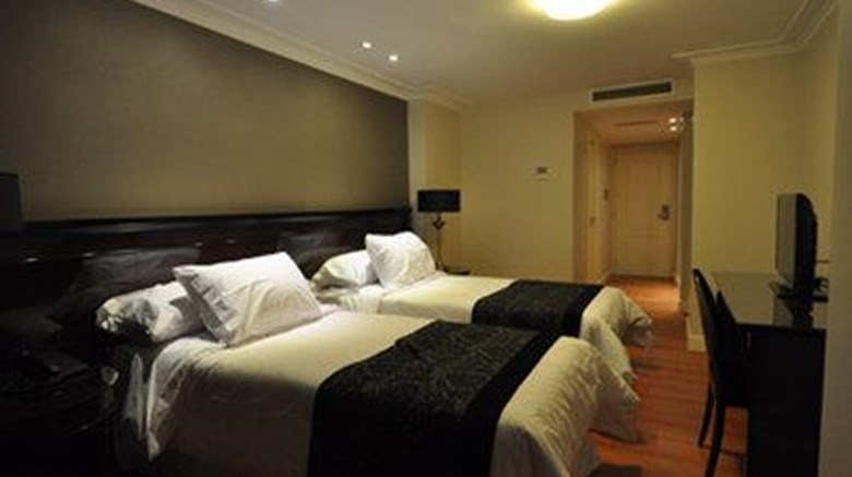 "Amerian Executive Hotel Cordoba Room. Images powered by <a href=&#39;http://web.iceportal.com&#39;  target=""_blank"">Ice Portal</a>."