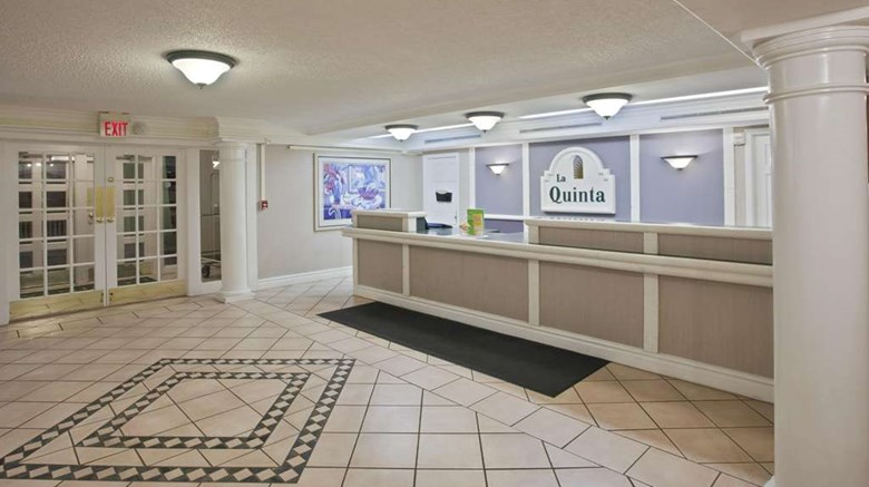 "La Quinta Inn Omaha West Lobby. Images powered by <a href='http://web.iceportal.com'  target=""_blank"">Ice Portal</a>."