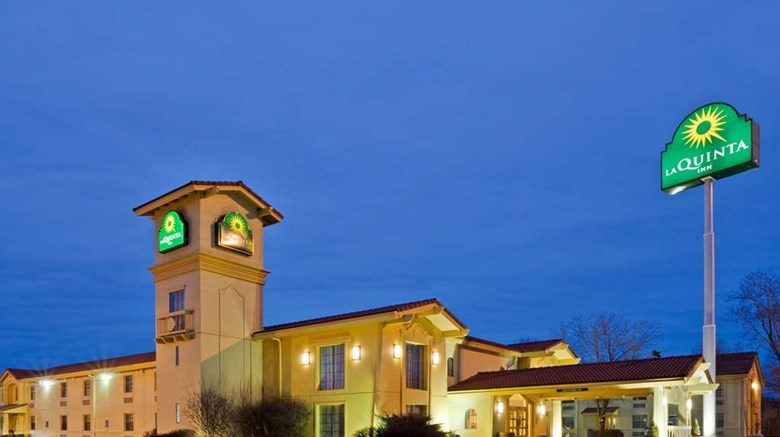 "La Quinta Inn Omaha West Exterior. Images powered by <a href='http://web.iceportal.com'  target=""_blank"">Ice Portal</a>."
