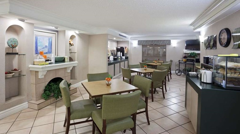 "La Quinta Inn Omaha West Other. Images powered by <a href='http://web.iceportal.com'  target=""_blank"">Ice Portal</a>."