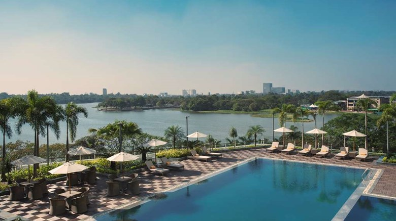 "Melia Yangon Pool. Images powered by <a href='http://web.iceportal.com'  target=""_blank"">Ice Portal</a>."