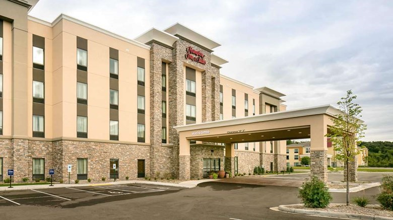 "Hampton Inn & Suites-Hudson Exterior. Images powered by <a href='http://web.iceportal.com'  target=""_blank"">Ice Portal</a>."
