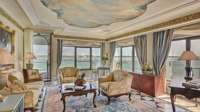 "Belmond Hotel Cipriani Suite. Images powered by <a href=&#39;http://web.iceportal.com&#39;  target=""_blank"">Ice Portal</a>."