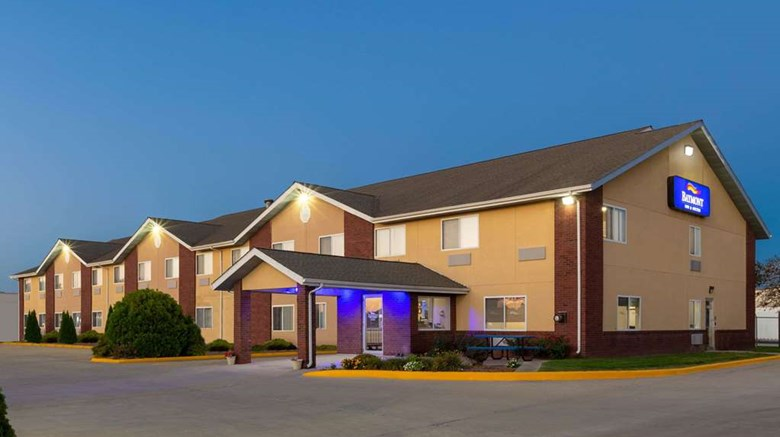 Baymont Inn Suites Fort Dodge Exterior Images Ed By A Href