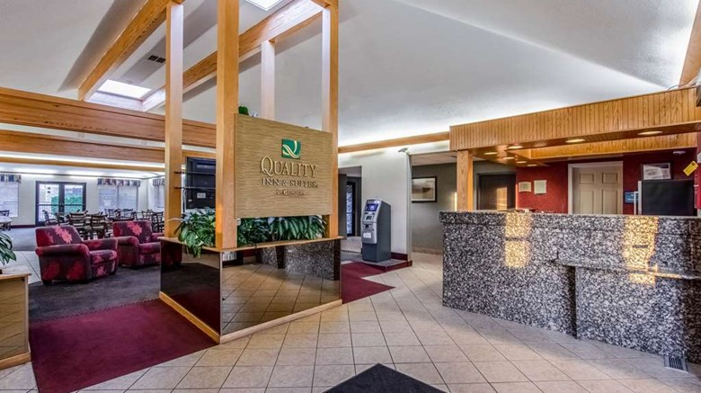 "Quality Inn & Suites Lobby. Images powered by <a href='http://web.iceportal.com'  target=""_blank"">Ice Portal</a>."
