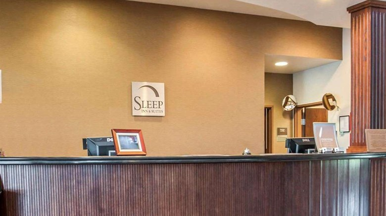 "Sleep Inn & Suites Lake of the Ozarks Lobby. Images powered by <a href='http://web.iceportal.com'  target=""_blank"">Ice Portal</a>."