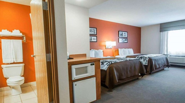 "Sleep Inn & Suites Lake of the Ozarks Room. Images powered by <a href='http://web.iceportal.com'  target=""_blank"">Ice Portal</a>."
