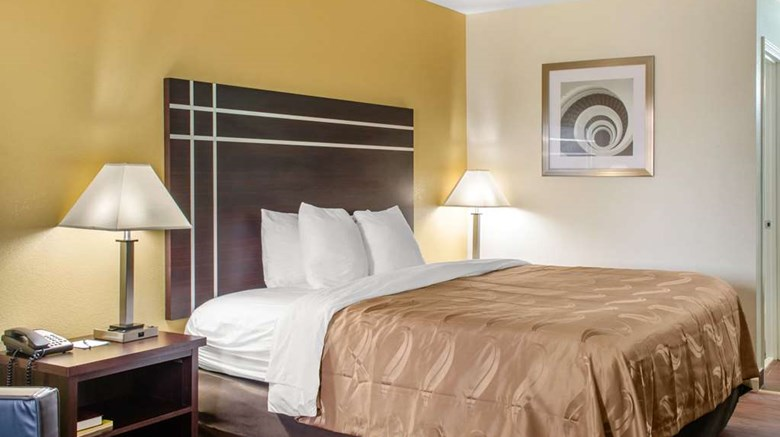 "Quality Inn McComb Room. Images powered by <a href='http://web.iceportal.com'  target=""_blank"">Ice Portal</a>."