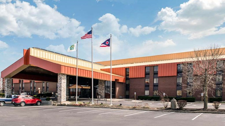 Quality Inn Suites Miamisburg Oh Hotels Tourist Class Hotels In
