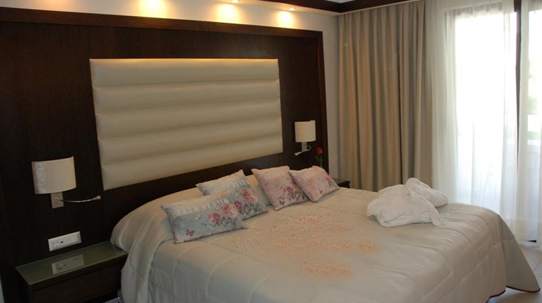 Oceanis Beach & Spa Resort Room