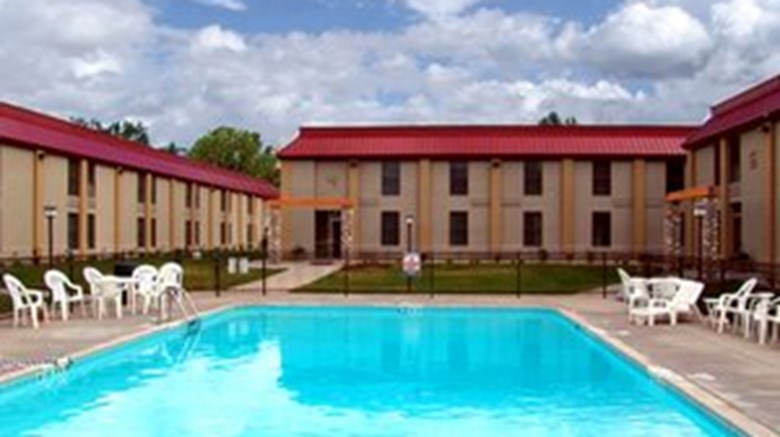 Holiday Inn at Buffalo Bill Village Pool