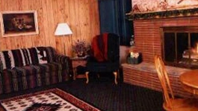 Country House Motel and RV Park Meeting
