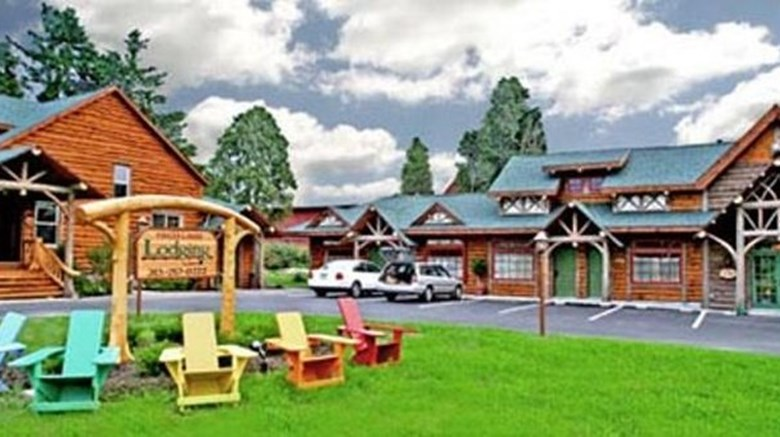 Finger Lakes Lodging Exterior