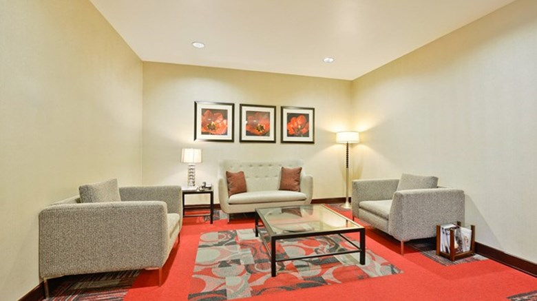 "Holiday Inn Express and Suites Utica Lobby. Images powered by <a href='http://www.leonardo.com'  target=""_blank"">Leonardo</a>."