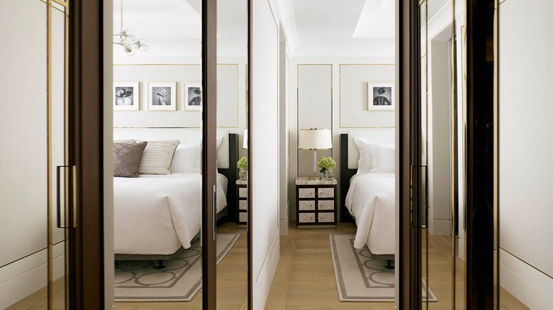 "The Langham, Hong Kong Suite. Images powered by <a href='http://www.leonardo.com'  target=""_blank"">Leonardo</a>."