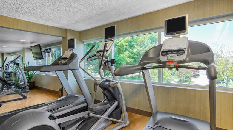 "Omni Charlottesville Hotel Health Club. Images powered by <a href='http://www.leonardo.com'  target=""_blank"">Leonardo</a>."