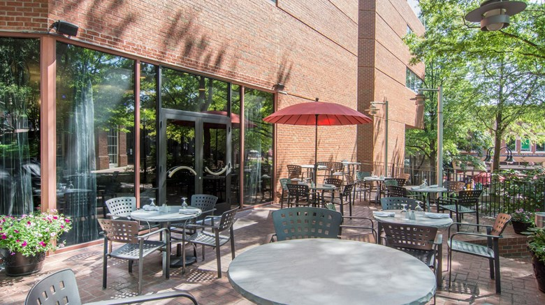 "Omni Charlottesville Hotel Exterior. Images powered by <a href='http://www.leonardo.com'  target=""_blank"">Leonardo</a>."