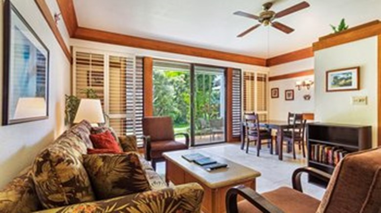 "Kiahuna Plantation Beachside Room. Images powered by <a href='http://www.leonardo.com'  target=""_blank"">Leonardo</a>."