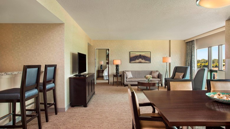"The Westin Southfield Detroit Suite. Images powered by <a href='http://www.leonardo.com'  target=""_blank"">Leonardo</a>."