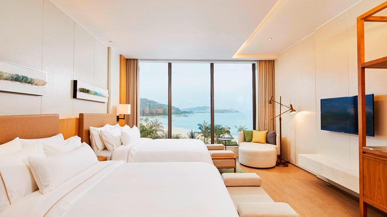 "The Westin Shimei Bay Resort Suite. Images powered by <a href='http://www.leonardo.com'  target=""_blank"">Leonardo</a>."