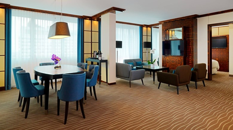 "The Westin Grand Munich Suite. Images powered by <a href='http://www.leonardo.com'  target=""_blank"">Leonardo</a>."