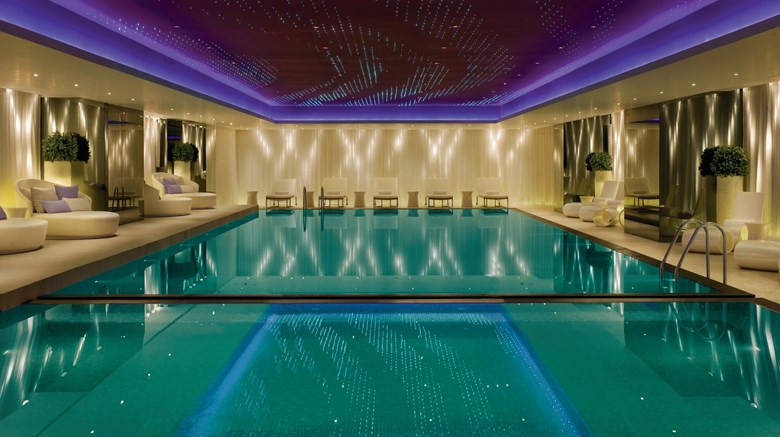 "The Mira Hong Kong, a Design Hotel Pool. Images powered by <a href='http://www.leonardo.com'  target=""_blank"">Leonardo</a>."