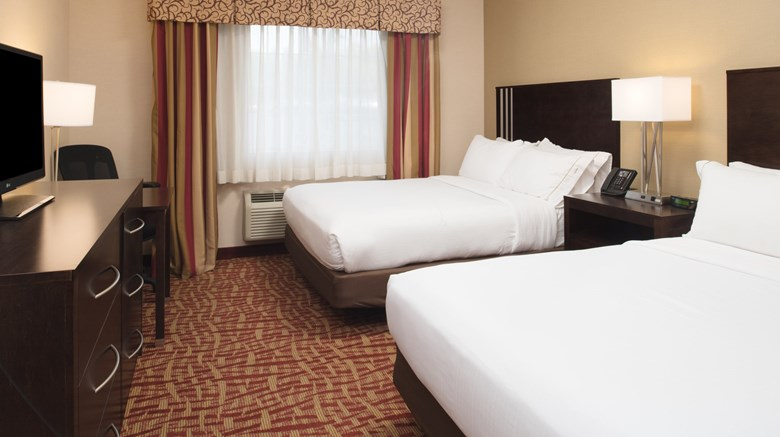 "Holiday Inn Express Spokane Valley Suite. Images powered by <a href='http://www.leonardo.com'  target=""_blank"">Leonardo</a>."
