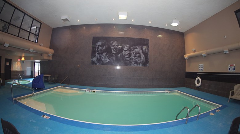 "Rushmore Express Pool. Images powered by <a href='http://www.leonardo.com'  target=""_blank"">Leonardo</a>."