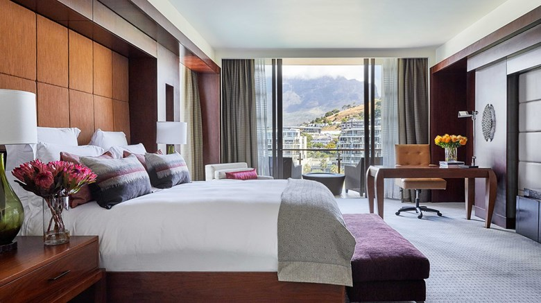 "One&Only Cape Town Suite. Images powered by <a href=&#39;http://www.leonardo.com&#39;  target=""_blank"">Leonardo</a>."