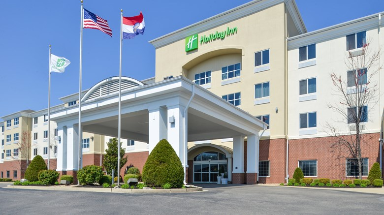 "Holiday Inn Poplar Bluff Exterior. Images powered by <a href='http://www.leonardo.com'  target=""_blank"">Leonardo</a>."