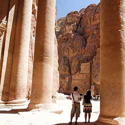 Take a city tour of Petra during this nine-day visit to Jordan. // © 2016 iStock